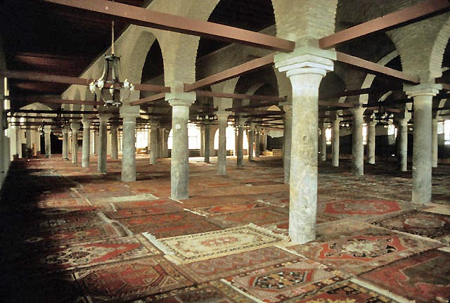 Interior: the peristile prayer hall. Konya